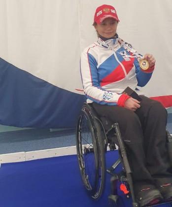 Петербурженка Анна Карпушина, представляющая спортивный клуб «Адамант», стала чемпионкой мира в дисциплине «керлинг на колясках».
